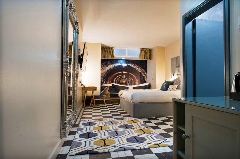 Manchester Hall Hotel Junior Suite
